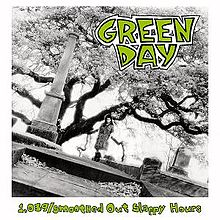 220px-Green_Day_-_1,039-Smoothed_Out_Slappy_Hours_cover