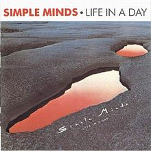 220px-Simple_Minds_-_Life_In_A_Day-front